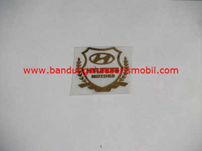 Emblem Alumunium Kotak Kecil Logo Mobil Hyundai