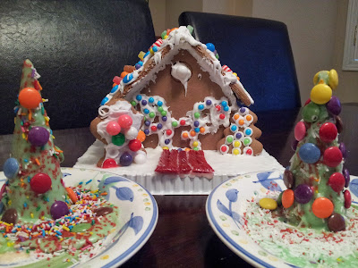 Candy Christmas Crafts, crafts, kids crafts, gingerbread house