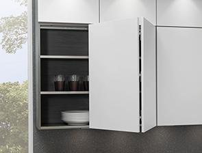 Sistemas de apertura para muebles altos por cu l - Puertas plegables cocina ...