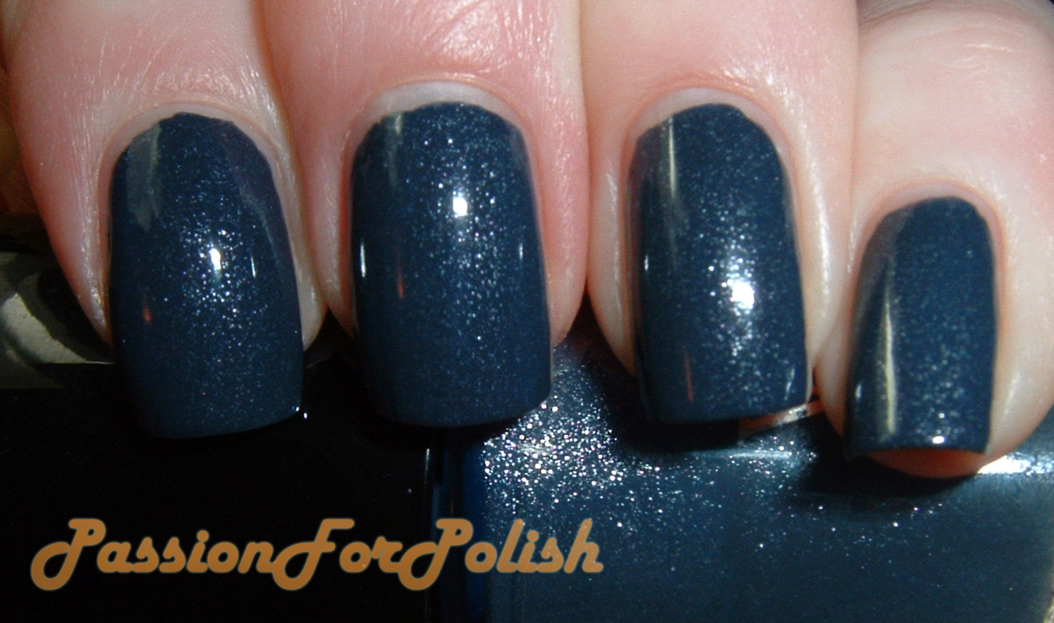 PassionForPolish: Essence Vampire\'s Love Swatches