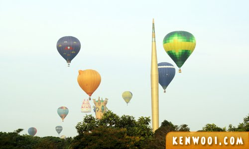 putrajaya hot air balloon flying