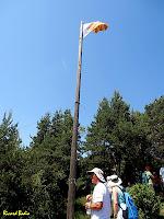 La senyera de la Roca Tiraval amb 12 metres de pal. Autor: Ricard Badia