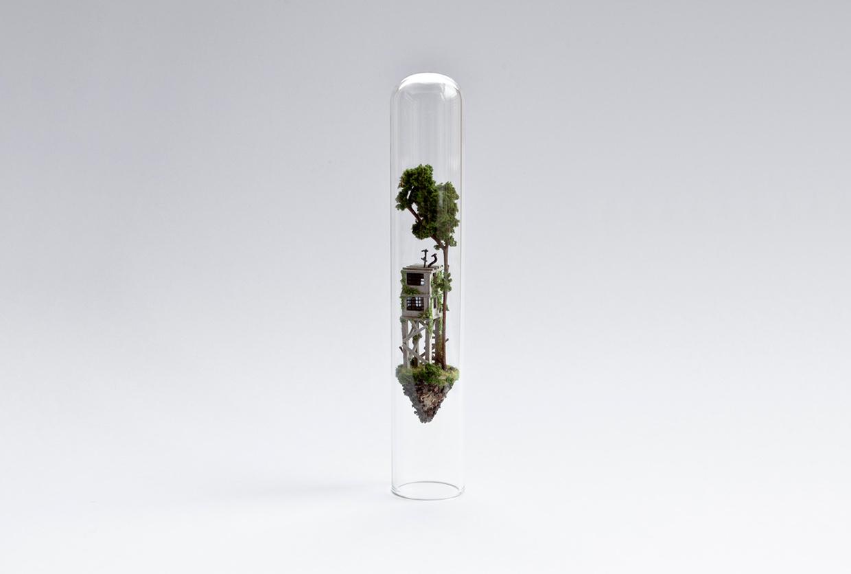 08-Rosa-de-Jong-Architectural-Miniature-Worlds-Inside-Glass-Test-Tubes-www-designstack-co