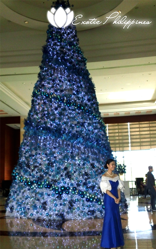 Radisson Blu Hotel Cebu Christmas Tree