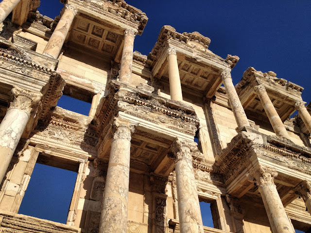 If Ephesus, Turkey, is a stop on your itinerary, chances are that your AzAmazing Experience will be an unforgettable evening concert at the Odean. Photo: KMarcher / WikiMedia.org.