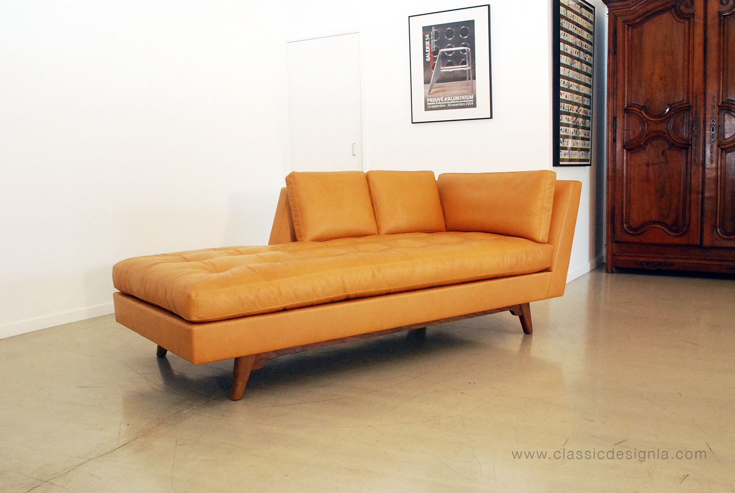 Classic design edward wormley inspired leather chaise lounge for Chaise leather lounge