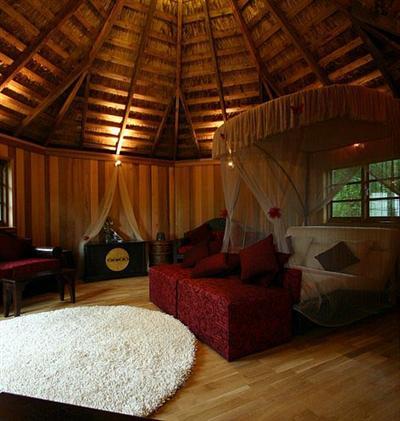 Dormitorios en rojo y negro decoraci n retro - Dormitorio negro y rojo ...