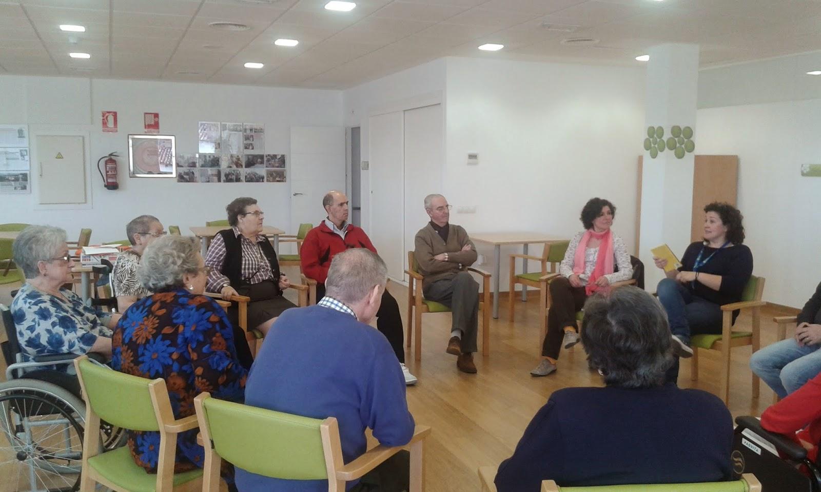 talleres-lectura_mayores_vitalia-centro-de-dia-en-alcala-de-henares