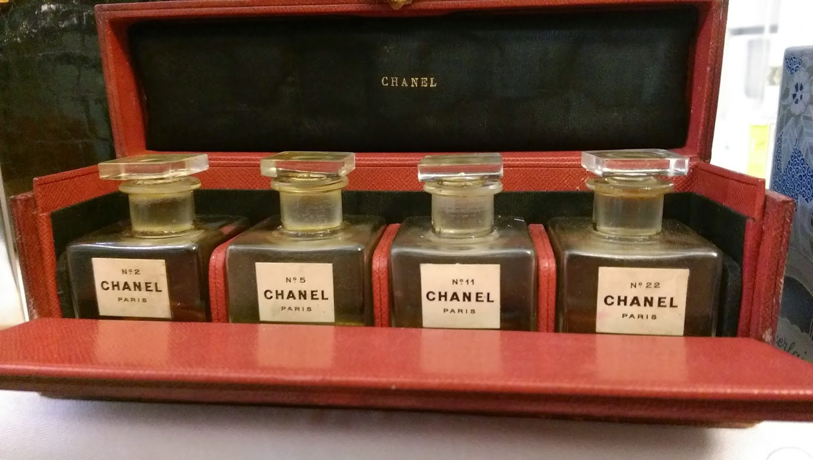 The original samples of Chanel perfumes