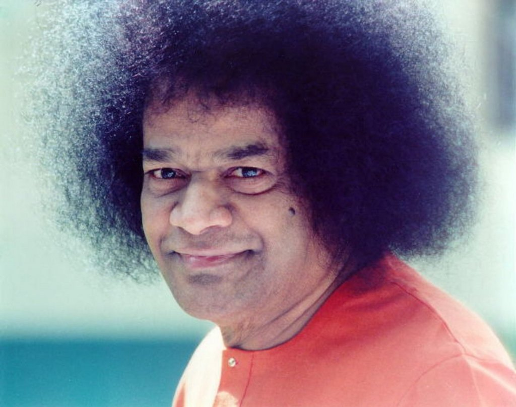2011-Sri-Sathya-Sai-Baba