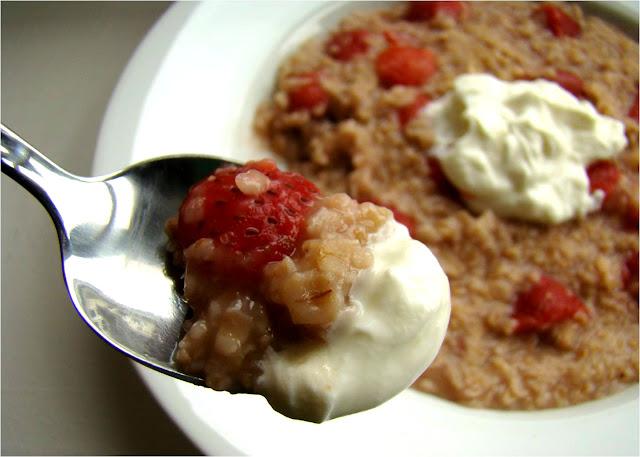 Strawberries And Cream Oatmeal Strawberries And Cream Oatmeal