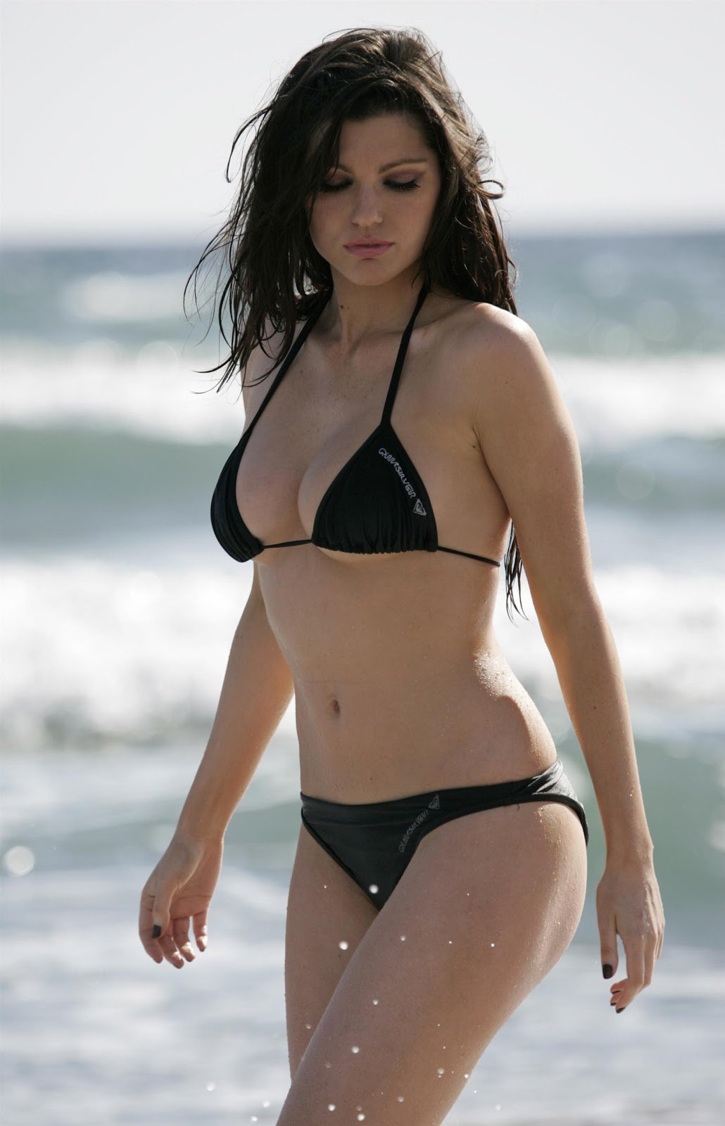 swimsuit Louise Cliffe naked photo 2017