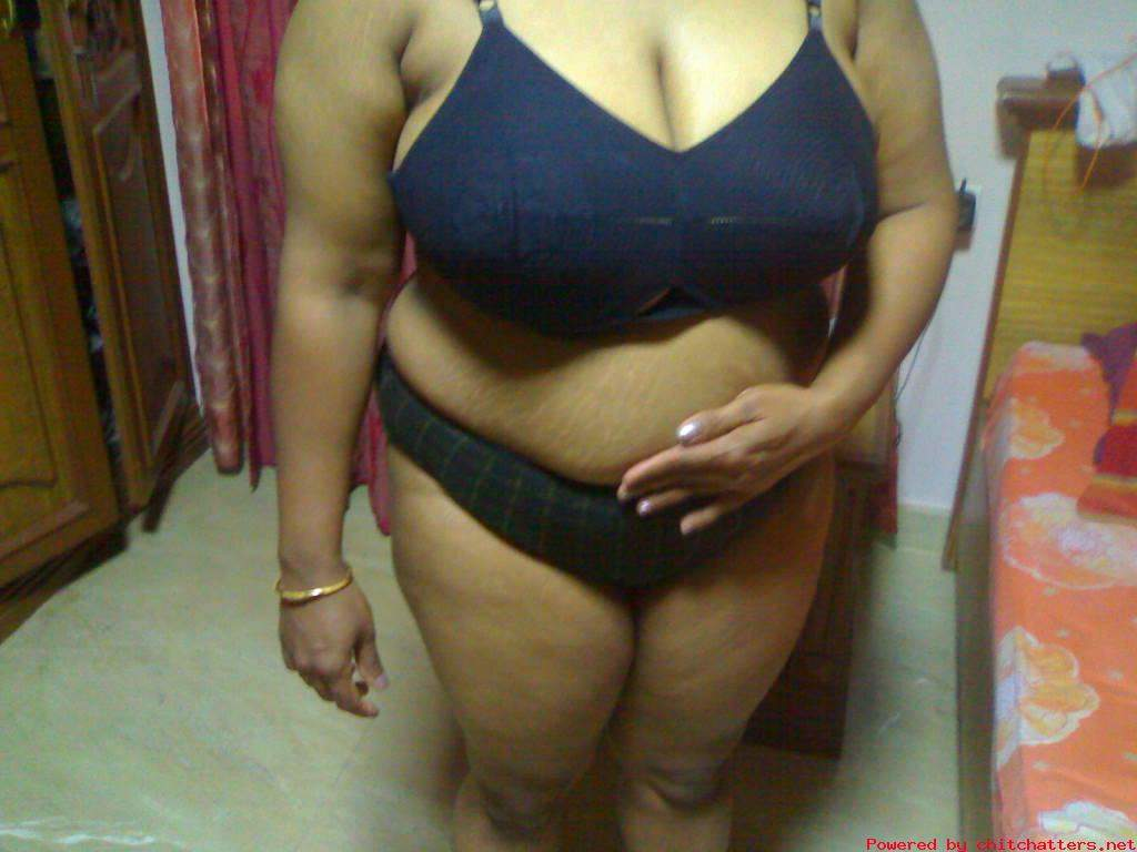 Naked big african woman