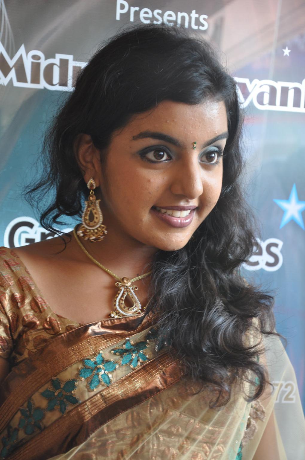 tollywood actress photos divya nagesh latest photos in saree