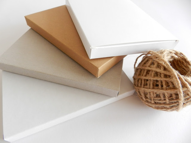 medium thin gift boxes