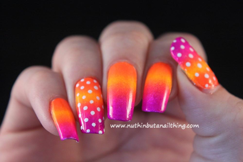 Bright gradient nail art