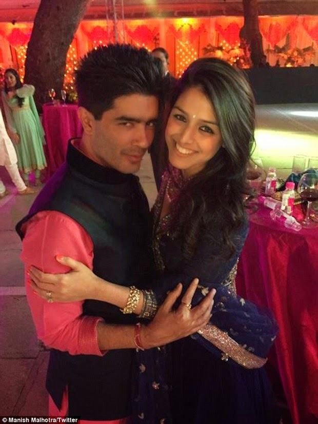 25 Photos Taken on Sanjay Hinduja's Big Fat Wedding