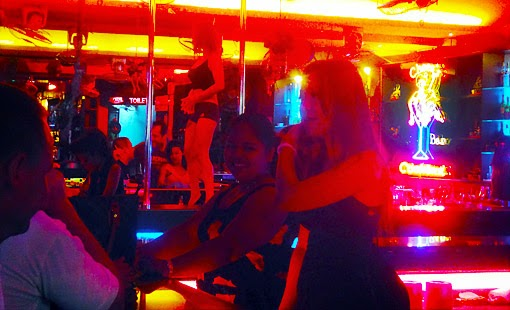 Nightlife girls in Pattaya go-go dancing