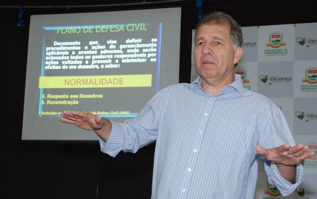 """Secretário de Defesa Civil, coronel Roberto Silva: """"Tão importante quanto a prevenção é a preparação antes da ocorrência de um evento adverso""""."""