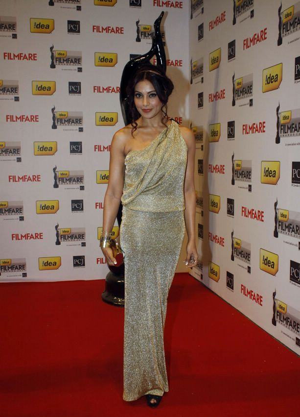 Bipasha Basu 1 - Bipasha Basu At 57th Idea Filmfare Awards 2011 