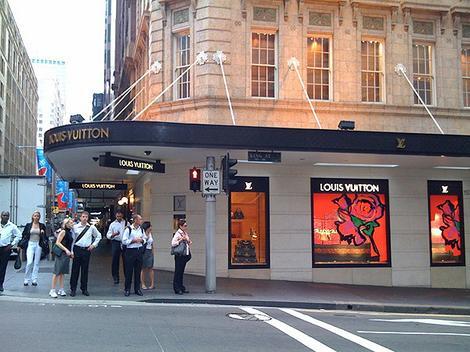 Authentic Louis Vuitton Online Handbags Sale Outlet Store Purses UK or  - 470 x 352  38kb  jpg