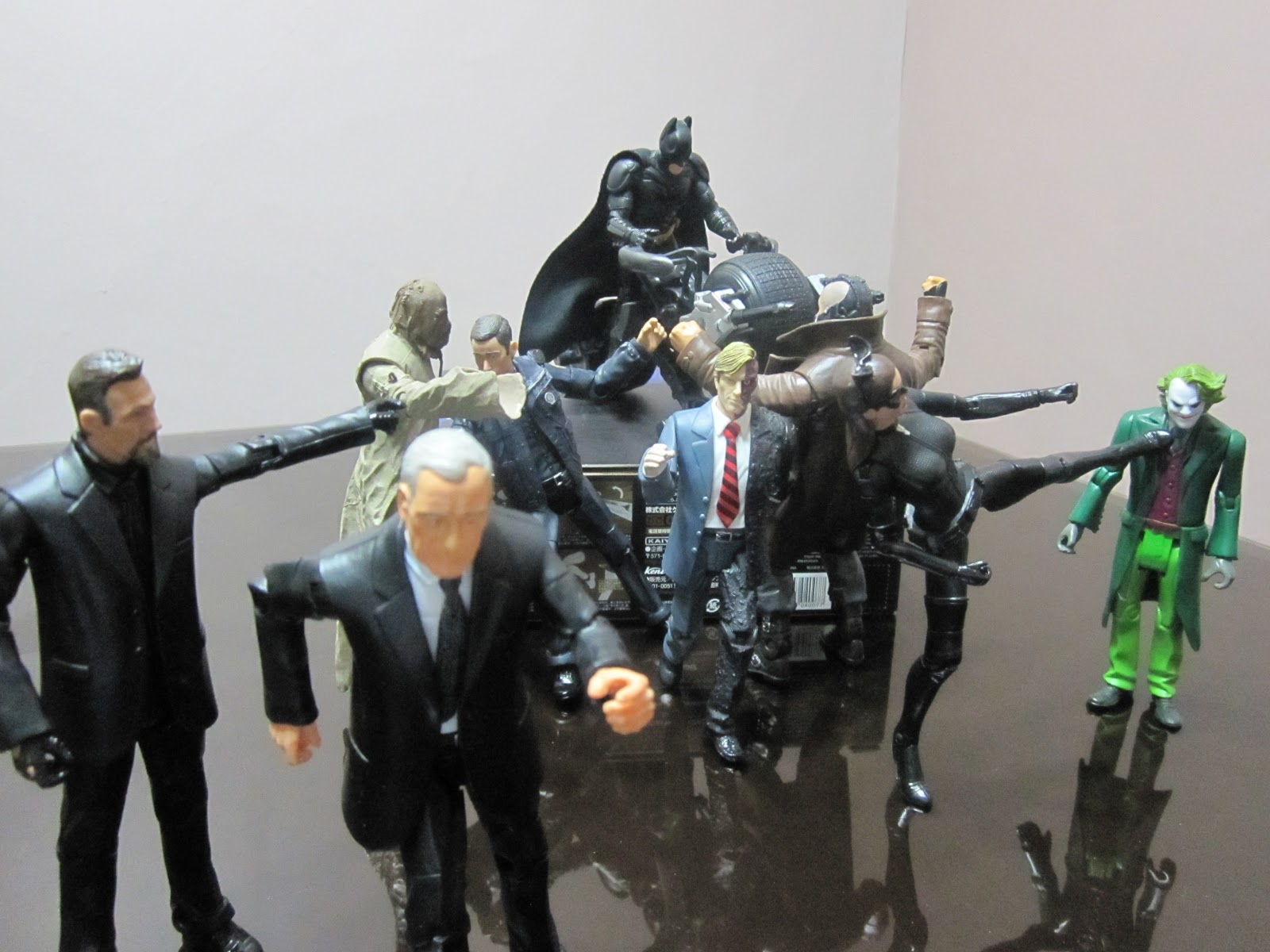 Calex Lampen Action : The dark knight rises action figure planet