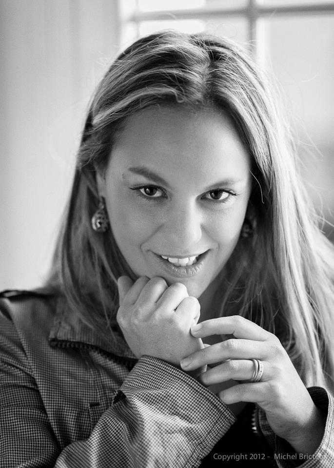 María Paz Ruiz, novelista colombiana