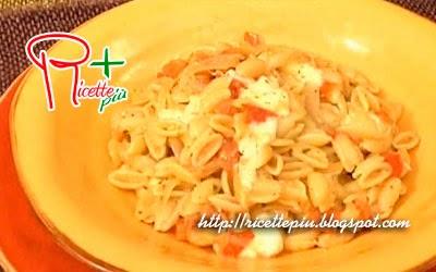 Pasta al Pesto e Mozzarella di Cotto e Mangiato