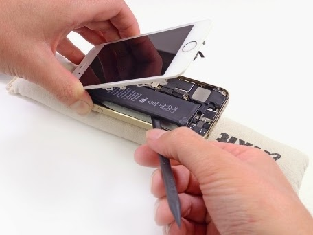 Apple Has agreed to accept a replacement battery for iphone 5