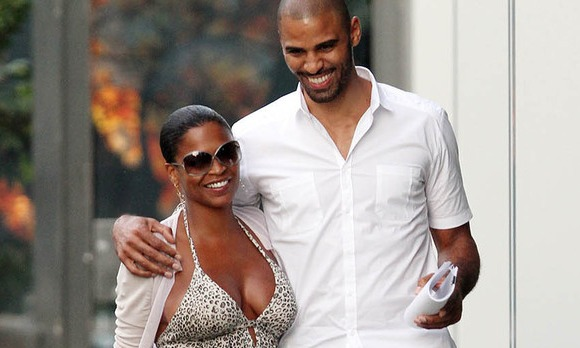 who is nia long dating Nia long in 2018: still dating her boyfriend ime udoka how rich is she does nia long have tattoos does she smoke + body measurements & other facts.