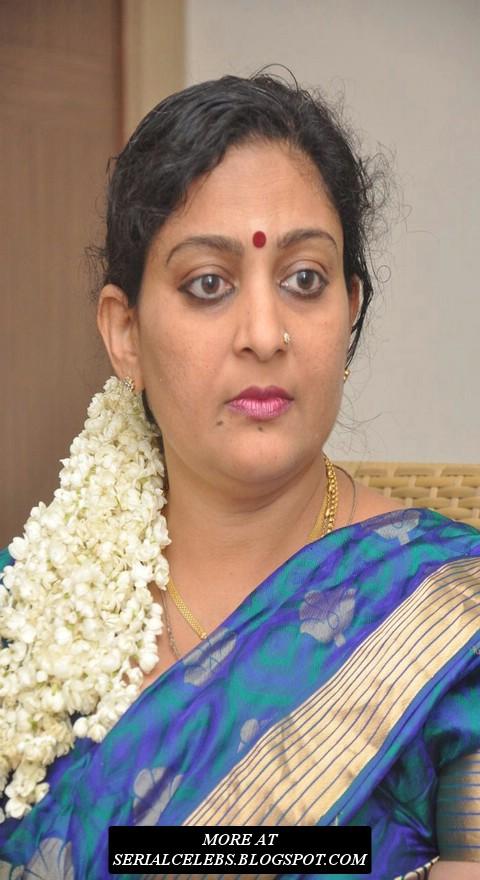 Tamil aunty actress Deepa Latest photos