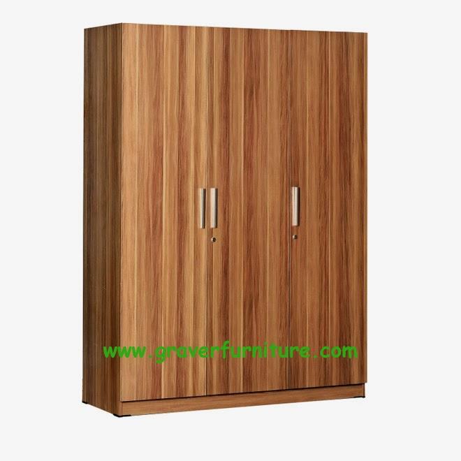 Lemari Pakaian 3 Pintu WD 197 Benefit Furniture