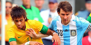 Foto Neymar vs Messi 2013 Wallpaper Foto Neymar da Silva