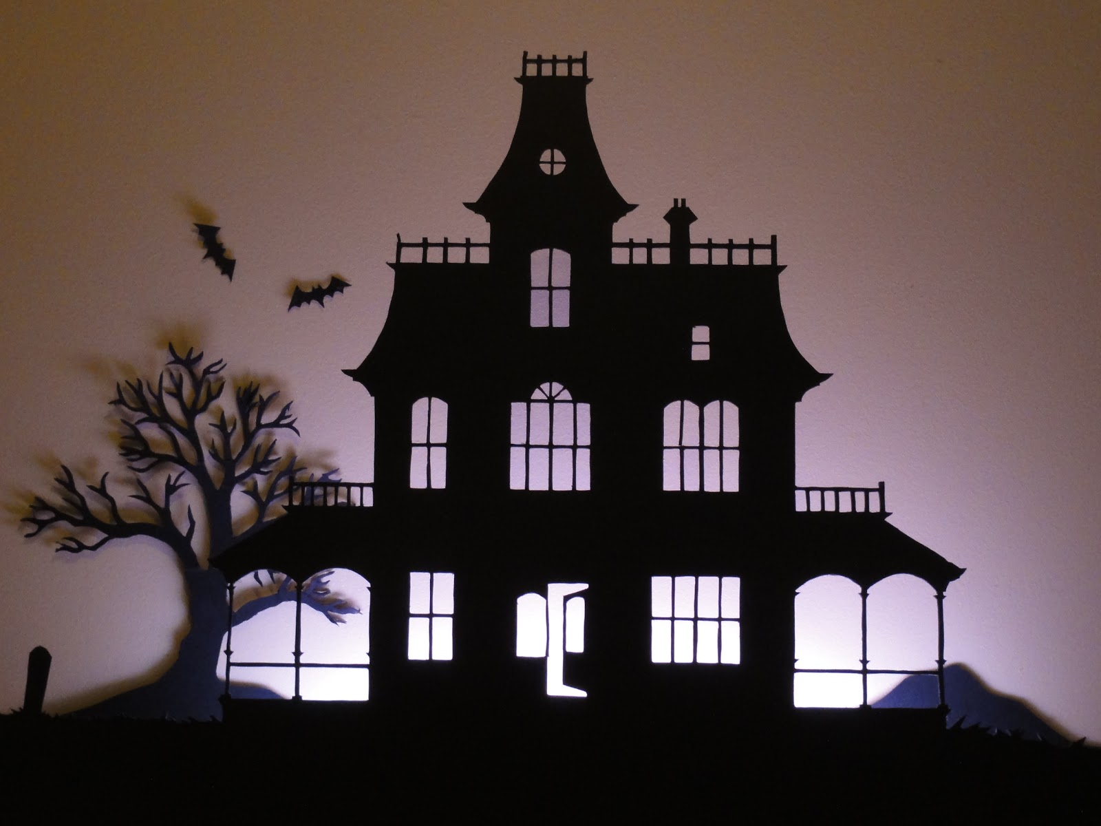birshykat haunted house silhouette. Black Bedroom Furniture Sets. Home Design Ideas