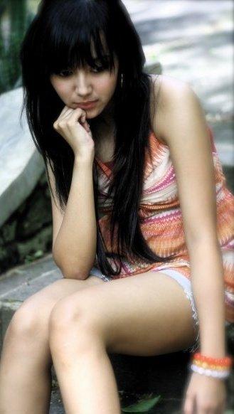 foto wanita cantik di indonesia yang meliputi wajah asli indonesia ...