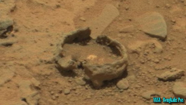 Gelembung Misterius di Mars