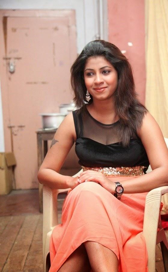 Geethanjali New Photoshoot Gallery
