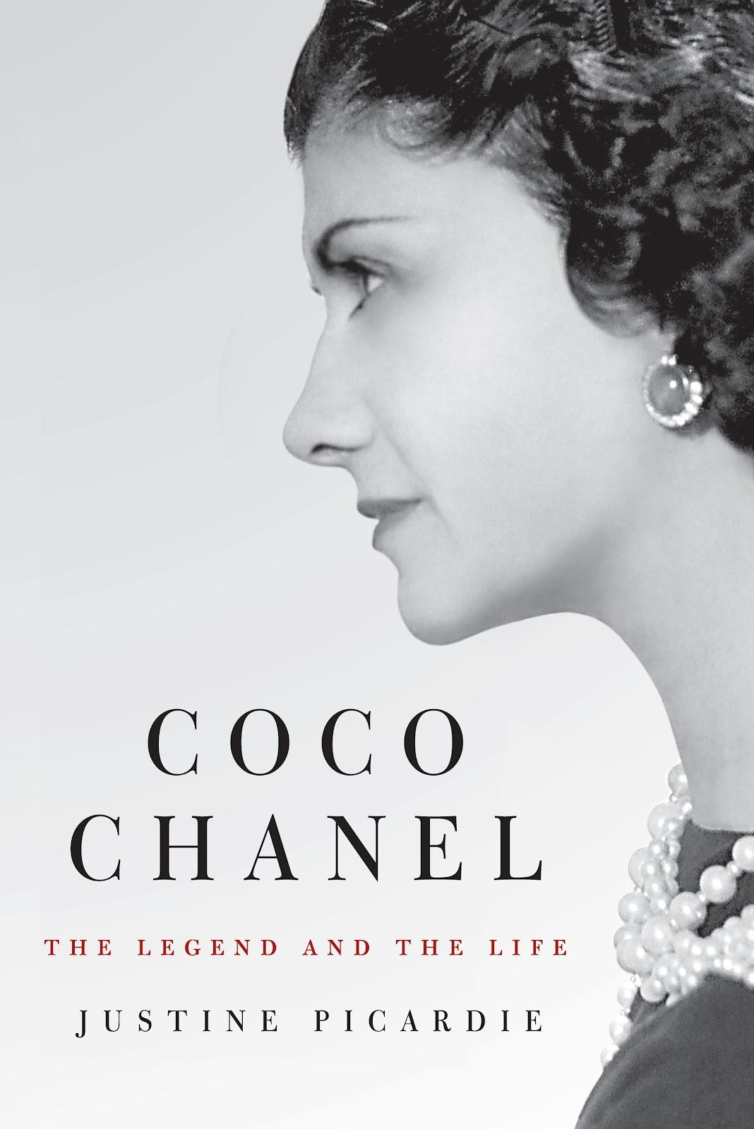 http://3.bp.blogspot.com/-ym2iFO8b2NM/UDFUVLP3fSI/AAAAAAAADR8/S25fQpVYtXU/s1600/04_Coco_Chanel_Book_Cover.jpg