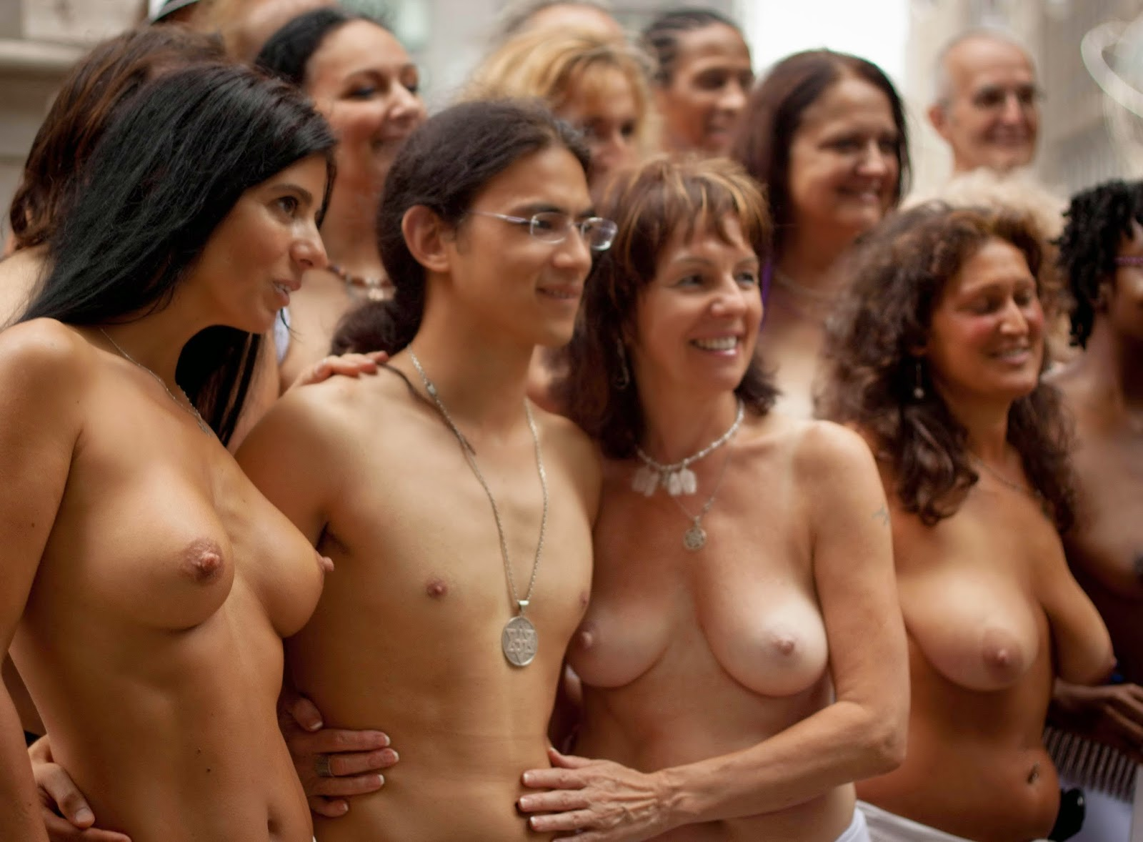 nude girls of woodstock