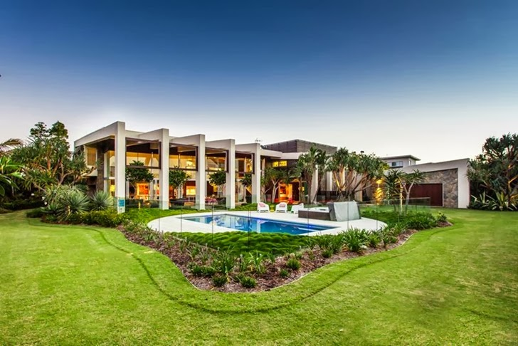 Backyard of Classy contemporary house in Casuarina, Australia