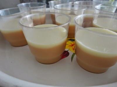 puding karamel saus vanila