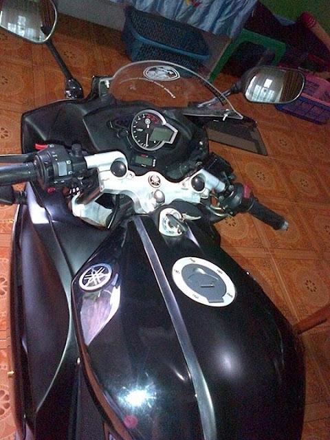 Modifikasi Vixion Ala Yamaha R125 2013