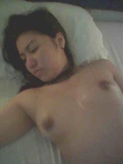 Malay Women   Awek tudung sopan melayu bogel.com