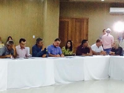 Prefeitos de 26 cidades reiniciam o Pacto Novo Cariri de estímulo ao desenvolvimento