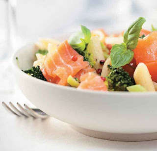 Simple Salmon Pasta Salad
