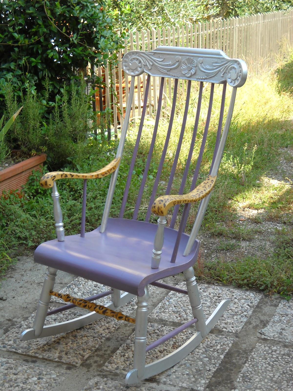 Mirinart la vecchia sedia a dondolo - La sedia a dondolo ...