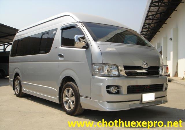Cho thuê xe 16 chỗ Toyota Hiace chuyên nghiệp, Giá Rẻ tại Hà Nội
