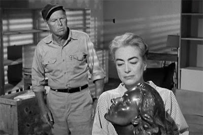 Still - Leif Erickson and Joan in Straight-Jacket (1964)