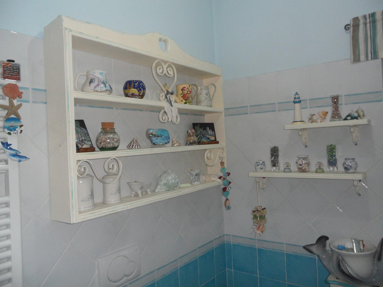 I miei sogni di legno porta sali da bagno mensole for Mensole in ferro battuto