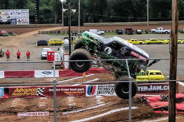 Grave Digger Monster Truck - Hagerstown Speedway